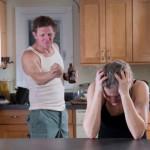 Как распознать причины унижения и терании в отношениях с мужем?